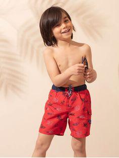 Short de bain rouge à imprimé créatures marines enfant garçon Le Polo, Beach Kids, Trunks, Swimming, Collection, Swimwear, Fashion, Boardshorts, Drift Wood