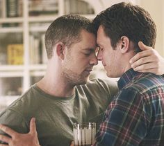 "Kevin Matheson (l., played by Russell Tovey) & Patrick Murray (r., played by Jonathan Groff) from HBO's ""Looking""."