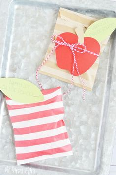 These quick + easy Back to School Paper Sack Treat Bags are the perfect little treat sack to give your kids when they get home from school on the first day! Back To School Crafts, School Stuff, Diy Craft Projects, Diy Crafts, Paper Sack, Treat Bags, Cardmaking, Christmas Stockings, Scrap