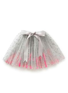 Cute grey tulle dress with pink