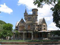 abandoned castle next to Savannah