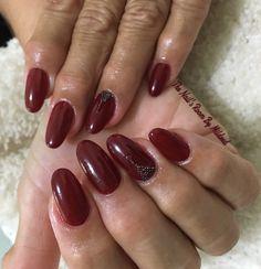 Gel fill @kupa_tv gelfinity builder gel @vetro_usa, @vetro_international gel pod #69 color Lips & @swarovski pixie dust to finish the look❣#thenailsroom #uñas #uñasengel #uñasdecoradas #nails #gelnails #crystals #vetrogel #vetro #rednails #ovalnails #dainty #pixiedust #NAILDIT💅 #nailpromagazine #nailprodigy #loveit #prettynails #gel #swarovski