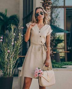 Shop Sexy Trending Dresses – Chic Me offers the best women's fashion Dresses deals Simple Dress Casual, Simple Dresses, Casual Dresses, Summer Dresses, Modest Fashion, Fashion Dresses, Mode Chic, Linen Dresses, Chic Outfits