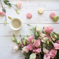 1,211 отметок «Нравится», 86 комментариев — • J O D I • Flowers & Flatlays (@jodianne_) в Instagram: «Sugar and Blooms... Happy Sunday everyone x»