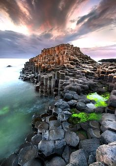 Giants Causeway - Ireland travel inspiration on the blog