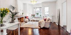 Apartamento nórdico con toques lilas