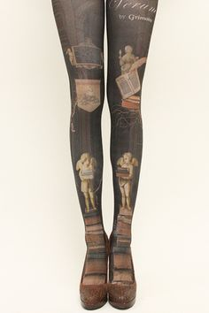 I will have these one day. This is my very favorite pair of the printed tights from Grimoire.