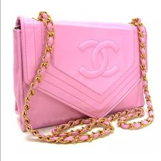 3566fdf0e549 Authentic Vintage CHANEL Pink CC Logo Shoulder Bag You are looking at a  stunning Pink Vintage