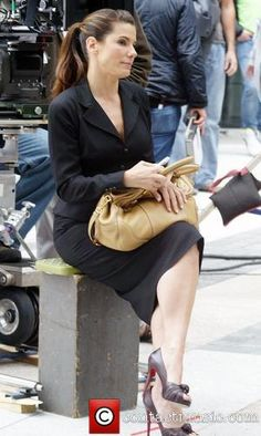 sandra bullock on the set of the proposal | Picture: Sandra Bullock on the film set of 'The Proposal' New York ...