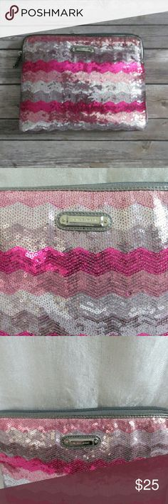 """""""Pretty in Pink"""" clutch bag Sequined clutch bag with zig zag design in shades of pink. Bag also has gunmetal colored pipping around the zip. Measures 7.5"""" x 10"""". Bag is slim. Easy to hold in hand or tuck. NWOT. Never used.  DD 23.09.16 Nine West Bags Clutches & Wristlets"""