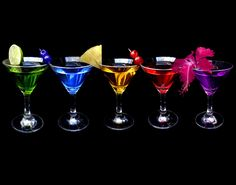 #RadioGardaFm It's Cocktail Time! #Cocktail #Happyhour #Food #Drink #Summer #Sunset #Sun #Lake #Water #Color