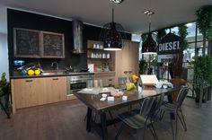 Che ne pensate di questa Diesel Social Kitchen? Per vedere la cucina dal vivo... visitate lo Scavolini Store Roma Tiburtina!