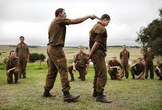 Die Ewiggestrigen trainieren in Südafrika eine neue Generation Jugendliche in paramilitärischen Rassenhass-Lagern.