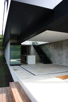 Black roof modern open home architecture ITCHBAN.com // Architecture, Living Space & Furniture Inspiration #09