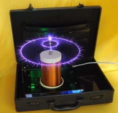 Nikola Tesla: The Zero-Point Energy Field Diy Electronics, Electronics Projects, Tesla Technology, Energy Technology, Zero Point Energy, Energy Level, Nicolas Tesla, Radiant Energy, Tesla Coil