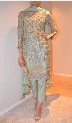 Haute spot for Indian Outfits. We now ship world wide Pakistani Wedding Outfits, Pakistani Dresses, Indian Dresses, Pakistani Salwar Kameez, Shalwar Kameez, Indian Suits, Indian Attire, Indian Wear, Punjabi Suits
