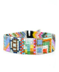 Love this seed bead bracelet. Easy to make. Maybe have a girls night out with wine and beaded bracelet crafting! Or we can buy it for $110, LOL!