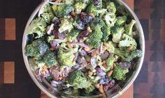 Salade de brocoli Salad Recipes, Healthy Recipes, Broccoli Salad, Coleslaw, Different Recipes, Meal Prep, Salads, Meals, Vegetables