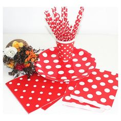Wholesale White Polkadot on Red Paper Straw