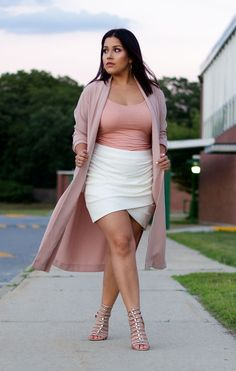 15 Chic Plus Size Outfits with a Kimono Outfit Ideas 15 Chic Plus Size Outfits mit einem Kimono - Outfit Ideen 15 Chic Plus Size Outfits mit einem Kimono Outfits Plus Size, Curvy Girl Outfits, Dress Plus Size, Curvy Girl Fashion, Fashion Models, Fashion Outfits, Womens Fashion, Petite Fashion, Cheap Fashion