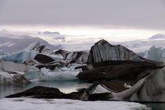 Jökulsárlón, Islandia. Foto de Rafael Hernández. #Islandia #Glaciar #lago #Hielo #LPTraveller #PostalesLP