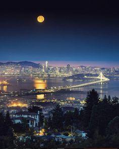 Bay Area, San Francisco by Vincent James Photography - California Feelings San Francisco Sites, San Francisco At Night, San Francisco California, Oakland California, 4k Photography, Puente Golden Gate, Espanto, Bay Photo, Photos Voyages