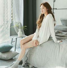 Lee sung kyung Korean Actresses, Korean Actors, Lee Sung Kyung Fashion, Korean Girl, Asian Girl, Joo Hyuk, Girl House, Korean Celebrities, Korean Model