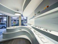 Image 4 of 11 from gallery of Novaoptica Optic Store / Tsou Arquitectos. Photograph by Nelson Garrido Shoe Store Design, Retail Store Design, Retail Stores, Zaha Hadid Interior, Retail Interior, Optic Shop, Modern Interior Design, Interior Architecture, Window Display Retail