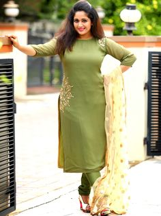 Women's kurtis online: Buy stylish long & short kurtis from top brands like BIBA, W & more. Explore latest styles of A-line, straight & anarkali kurtas. Salwar Neck Designs, Kurta Designs Women, Dress Neck Designs, Blouse Designs, Chudidhar Neck Designs, Stylish Dresses, Fashion Dresses, Dress Outfits, Women's Fashion