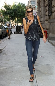 786eca3f8858 Erin Andrews wearing my favorite Tory Burch Miller sandals. Miller Sandal