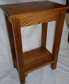 Awesome Handmade Mission Style Oak Side Table   $235.00