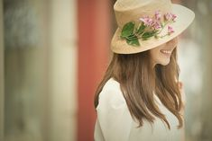View photos in Korea Pre-Wedding - Casual Dating Snaps, Seoul . Pre-Wedding photoshoot by May Studio, wedding photographer in Seoul, Korea. Prenuptial Photoshoot, Korean Wedding, Casual Date, Pre Wedding Photoshoot, Kobe, Seoul, Photography Poses, Engagement Photos, Wedding Planning