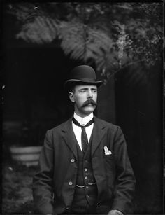 "turnbacktimeedwardian: An English gentleman,. turnbacktimeedwardian: "" An English gentleman, 1907 "" Victorian Gentleman, Vintage Gentleman, Victorian Men, Vintage Men, Gentleman Stil, English Gentleman, Dapper Gentleman, Mode Masculine, Edwardian Fashion"