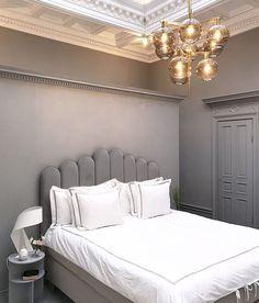 Art Deco-inspirerad sänggavel i sammet Art Deco Bedroom, Room Ideas Bedroom, Home Bedroom, Diy Room Decor, Bedroom Decor, Home Decor, Plywood Furniture, Ideas Prácticas, Dream Apartment