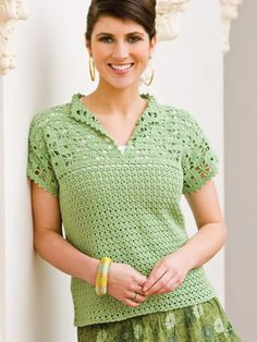 """Crochet Blusas Design """"Crochet Gifts to Go"""" offers a variety of crochet patterns; this is a sample of one of the patterns available in the collection. Pull Crochet, Gilet Crochet, Crochet Shirt, Crochet Cardigan, Crochet Gifts, Easy Crochet, Crochet Lace, Crochet Bodycon Dresses, Black Crochet Dress"""