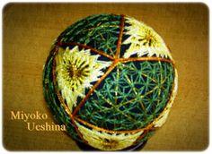 京手まり。 光沢のある京都独特の糸を使っています。煌びやかで品のあるのが特徴です。 ハンドメイド、手作り、手仕事品の通販・販売・購入ならCreema。