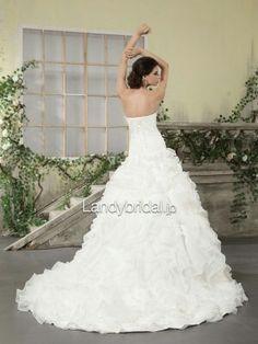 Landy bridal  ローウエスト ハートネック チャペルトレーン ウエディングドレス B12056  通常価格:¥86,616  特別価格:¥60,000(税込:¥64,800)