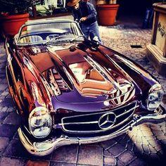 Le parfait Roadster: La #300SL #mercedes #benz #classiccar #instacar #tbt #throwbackthursday