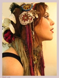Mardi Love tribal fusion bellydance. I must learn to do more interesting things with my hair.