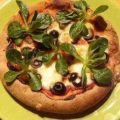 Diétás, szénhidrátmentes pizza recept  (gluténmentes, maglisztmentes, keményítőmentes paleo) Paleo Recipes, Low Carb Recipes, Vegetable Pizza, Vegetables, Fitt, Blog, Drink, Low Carb, Beverage