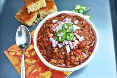THE best chili recipe (that is also and paleo approved Whole 30 Diet, Paleo Whole 30, Whole 30 Recipes, Clean Recipes, Best Chili Recipe, Chili Recipes, Paleo Recipes, Real Food Recipes, Paleo Meals