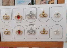 Cartela com 5 pares de lindas jóias de unha. Nas compras de meus produtos a partir de R$ 39,00 o frete é por minha conta , valores inferiores frete de R$ 5,00. Envio por carta registrada. - C12F6D Creative Nail Designs, Creative Nails, Nail Art Designs, Cute Nail Art, Cute Nails, My Nails, Korean Nail Art, Korean Nails, Caviar Nails