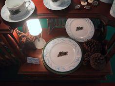 """pine cones.collection """"Montagne"""" , salon Maison et objet, FRAGILE by Patricia Deroubaix. Peint à la main; #ALPES#montagne#ours#chalet Fragile, Table Settings, Creations, Tableware, Collection, Home, Alps, Bears, Mountain"""
