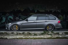 Page 113 BMW 3 Series ForumImage thread Page 113 BMW 3 Series Forum 1993 BMW Touring Tuning Benelux worked their magic on of the most understated BMWs out there… 056 Bmw Kombi, Volkswagen, Bmw Touring, Suv Bmw, Bmw Cars, E46 Cabrio, E90 335i, E36 Coupe, Bmw Sport