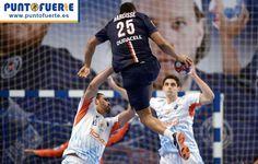 Pocos deportes nos hacen volar tanto como el balonmano. Comparte esta imagen si tú también has sentido la misma sensación. #balonmano #handball