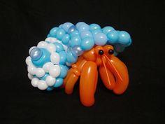 Artista japonés crea complejos animales con globos