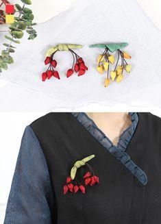 Fabric Flower Brooch, Fabric Flowers, Floral Crown, Fabric Art, Diy Flowers, Hair Clips, Applique, Minimal, Handmade Jewelry