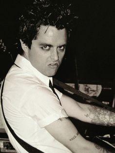 the face i make when i impersonate Billie Joe lol