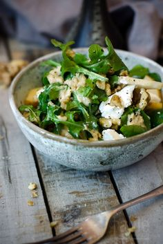 rocket, pear & goat's cheese salad with walnut dressing | table twetny eight