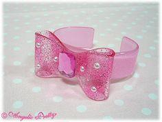 Aurora Ribbon Bangle (Pink)